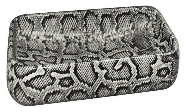 ヘビ型など爬虫類柄の手洗器