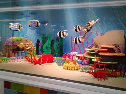 大阪 阪急梅田 レゴ水族館