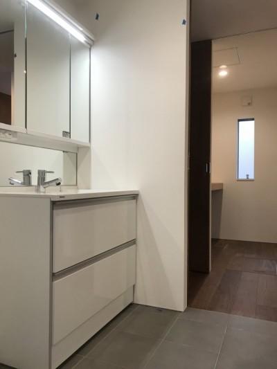 洗面室明るめafter大阪マサキ工務店 注文住宅 オープンハウス
