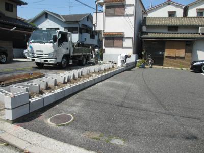 駐車場、拡幅工事
