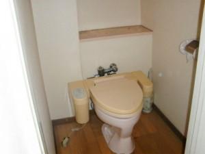 改修前、トイレの様子